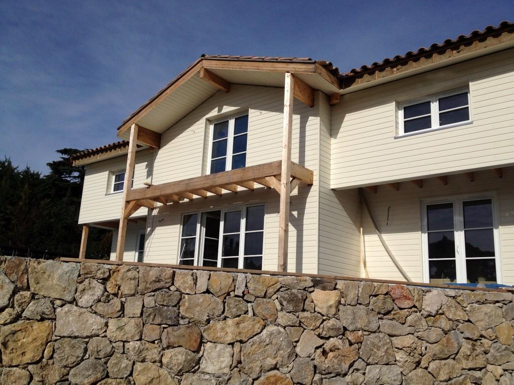 Derni re ligne droite mougins maison bois c t sud - Bassin de retention maison individuelle ...
