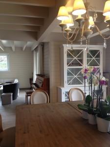 intérieur maison bois massif