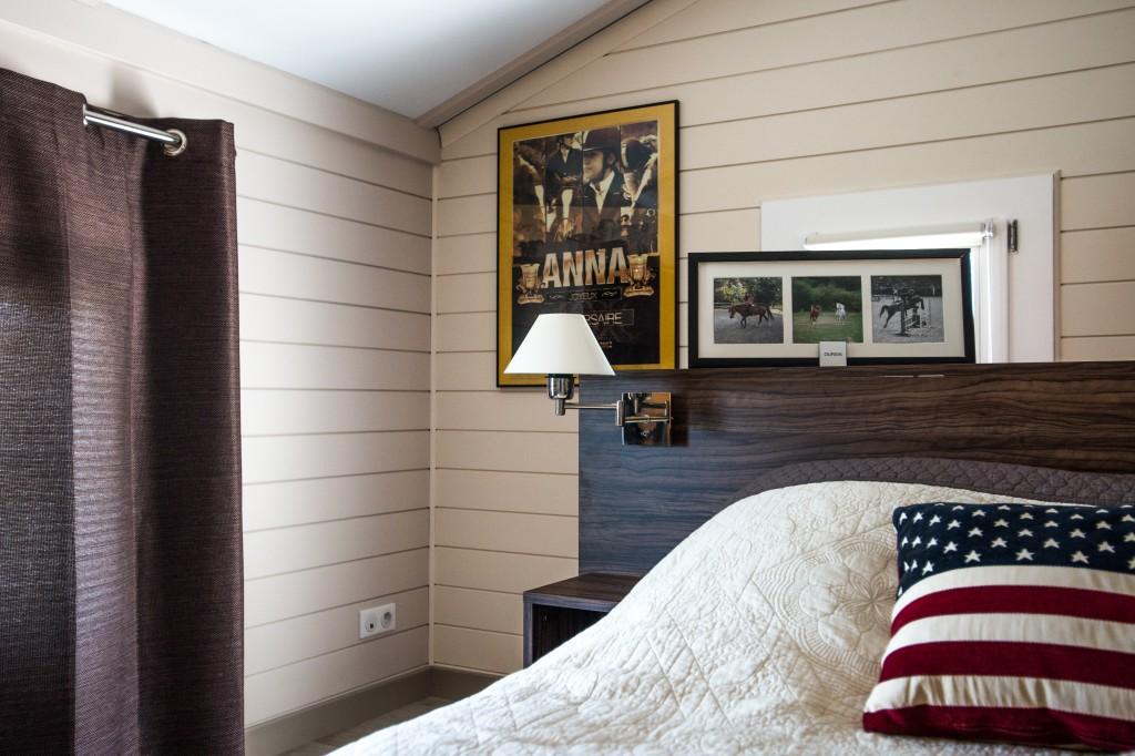 chambres maison bois c t sud. Black Bedroom Furniture Sets. Home Design Ideas