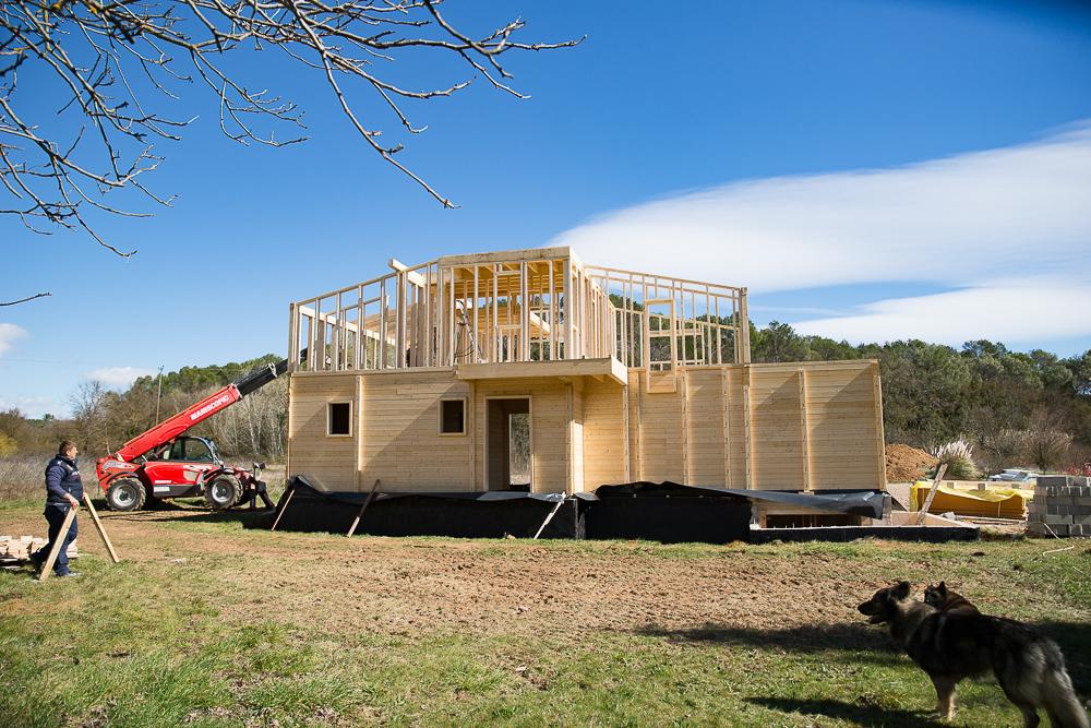 Intégration d'une maison bois en PACA – Maison bois côté sud