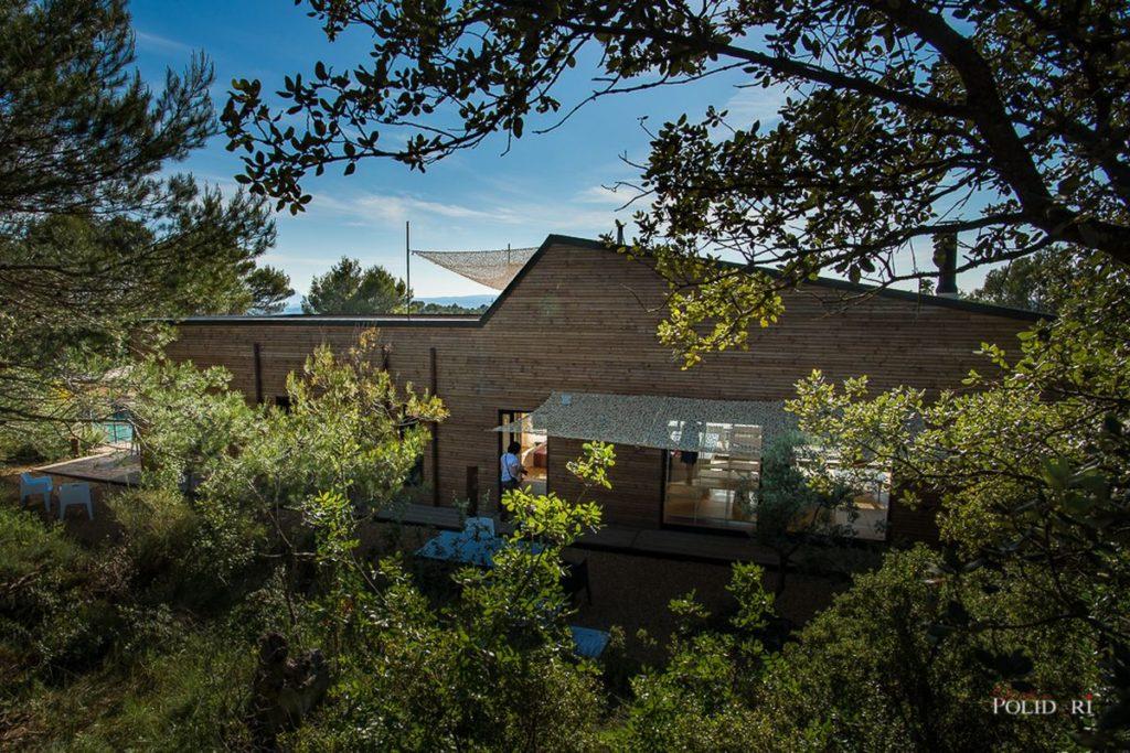 environnement d'une maison ossature bois santé et bien être