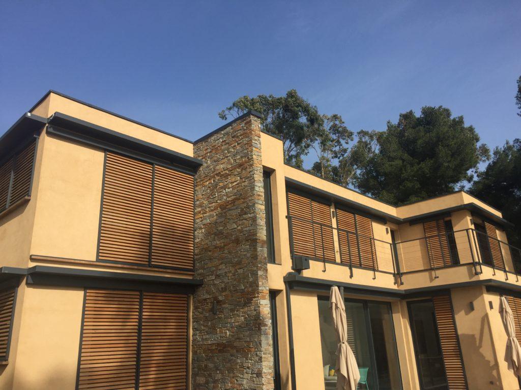 Maison en ossature bois et toiture terrasse à Giens