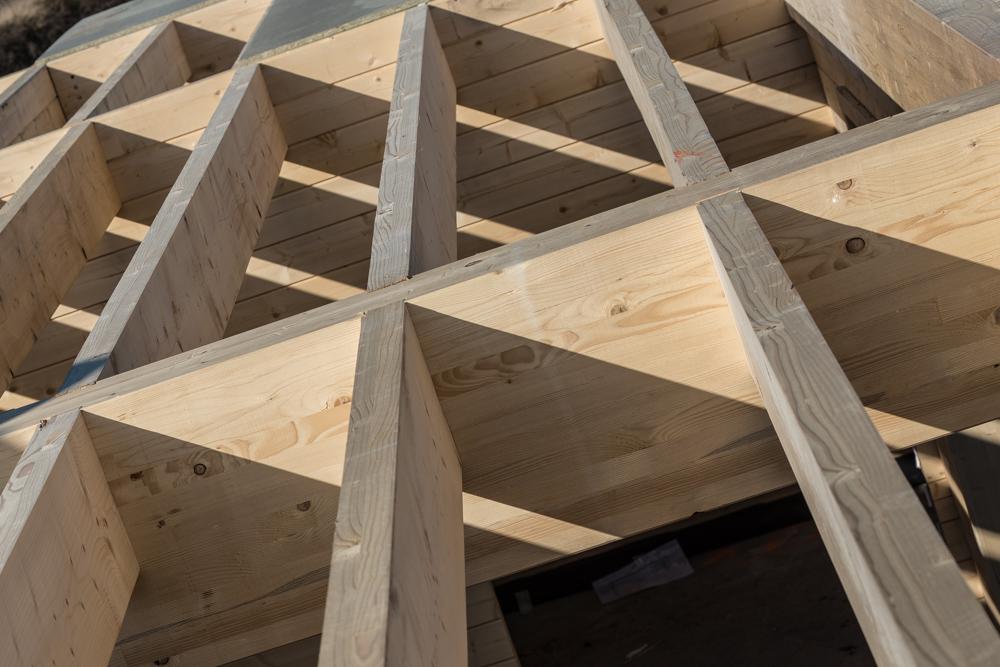 plancher bois visible maison en bois ( Cotignac Var )